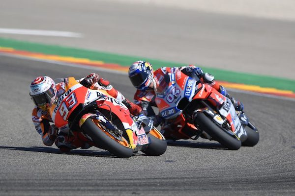 Marc Marquez wint spectaculaire MotoGP race op Aragon Snap-on Tools